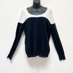 Large Merona Long Sleeve White & Black Sweater